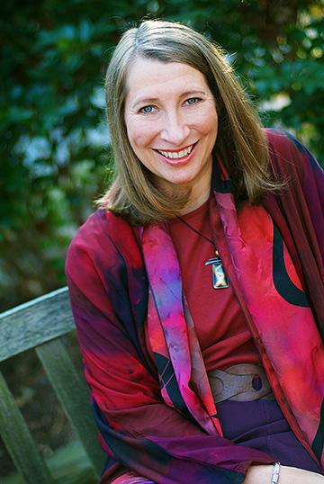 Sarah Susanka smiling for the camera
