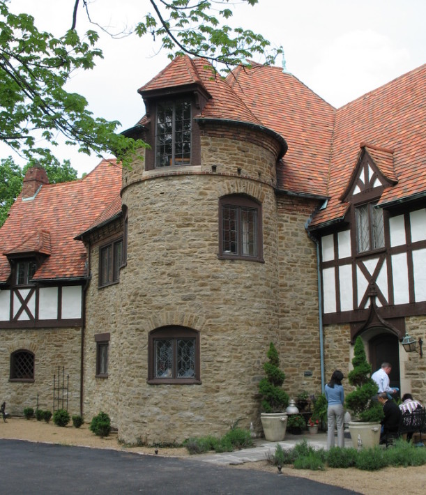The Mack House 1930s Tudor Revival Mansion Hooked On Houses