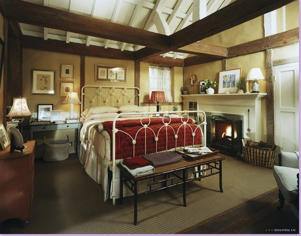 Iris S Cozy Cottage Bedroom Amanda S Spacious Master Bedroom You