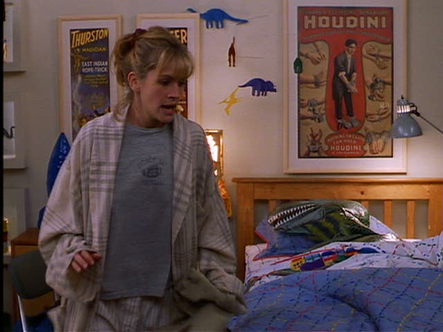 Ben's room in his dad's apartment. For some reason, Isabel, Luke's girlfriend, is left to take care of the kids an awful lot. And she's not very good at it.