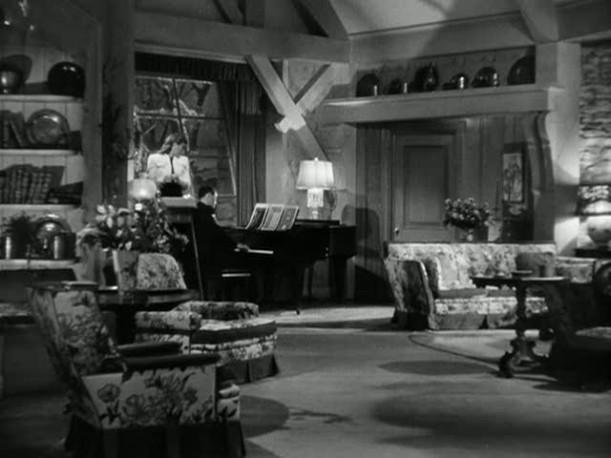 photo 5-living room