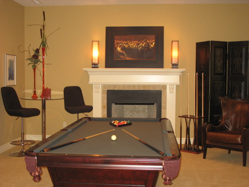 Lower-level pool room.