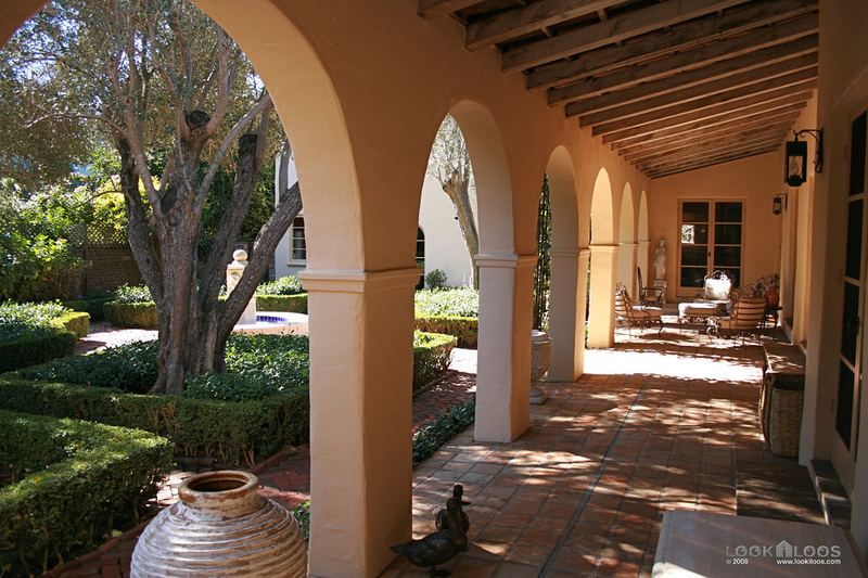 Spanish Style Oasis In Palo Alto Hooked On Houses
