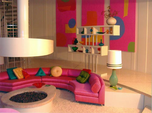 Can You Guess Which Movie This Pink Sofa Comes From