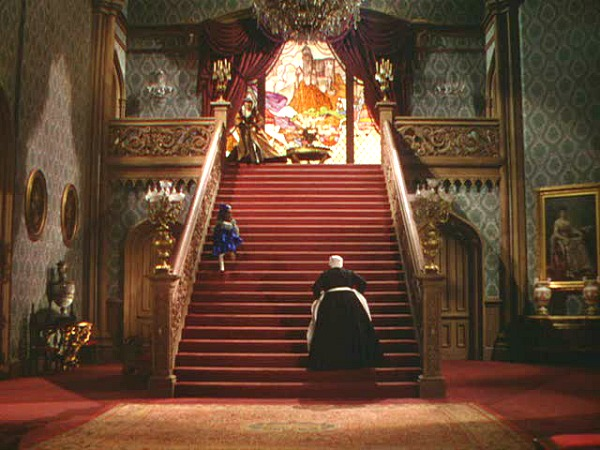 Gone with the Wind Atlanta house red staircase