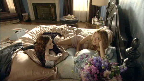 Gossip Girl TV show sets Blair's bedroom 5