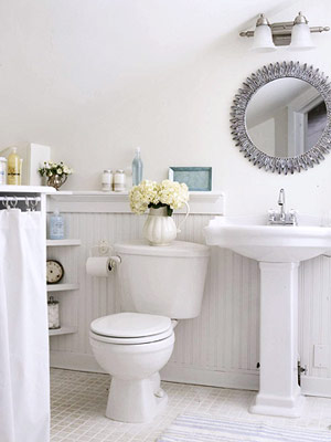 Beach cottage love a small cottage bathroom gets a makeover for Small coastal bathroom ideas