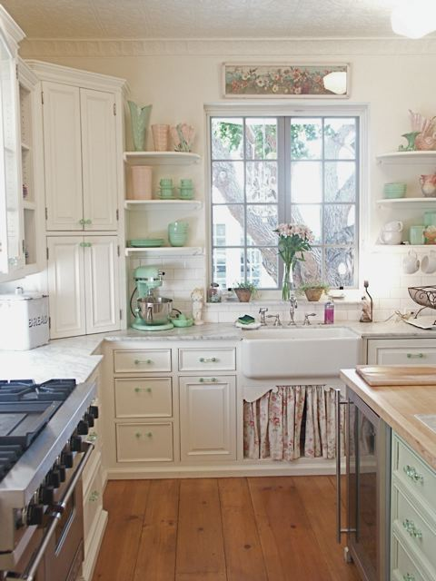 Brooke Giannetti\'s white kitchen with Jadeite collectibles