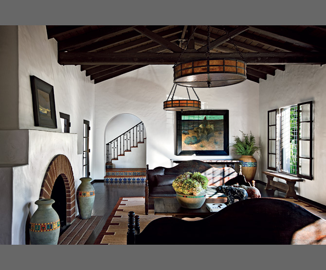 Diane keaton 39 s spanish colonial revival style mansion for Modern spanish style homes