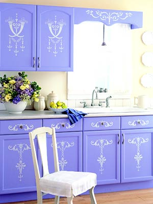 Amazing-small-old-kitchen-with-painted-blue-with-white-ornaments-kitchen-cupboards-and-white-kitchen-chair