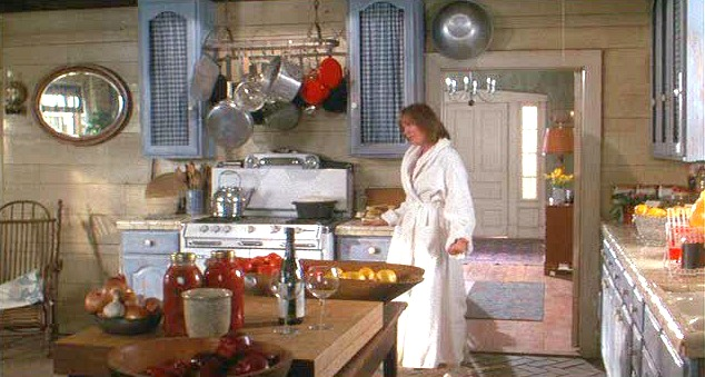 diane keaton 39 s country kitchen in baby boom hooked on houses
