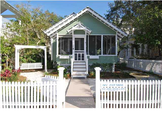 hooked on fridays beach cottage love hooked on houses rh hookedonhouses net florida beach condos for sale florida beach homes for sale