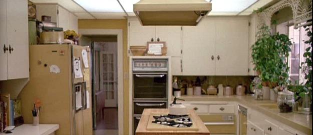 Ferris Bueller's 1980s kitchen