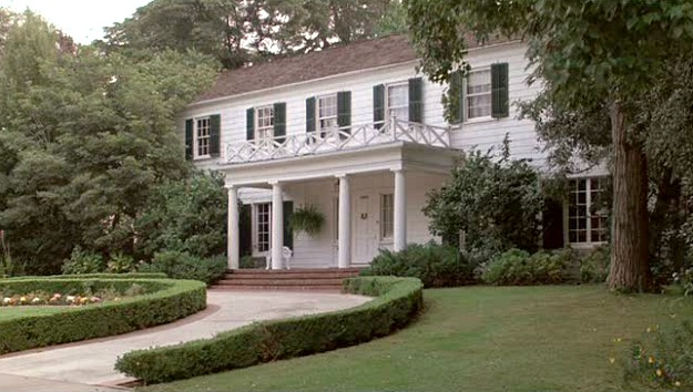 the houses from ferris bueller 39 s day off hooked on houses. Black Bedroom Furniture Sets. Home Design Ideas