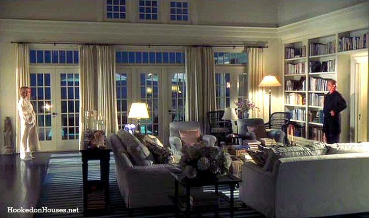 Something 39 s gotta give living room keaton nicholson for Something living room 94