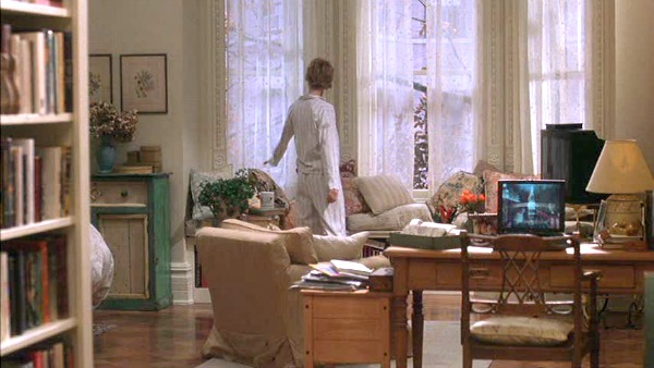 Meg Ryan's brownstone in You've Got Mail 4