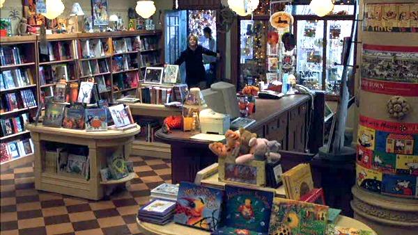 Shop Around the Corner bookstore You've Got Mail