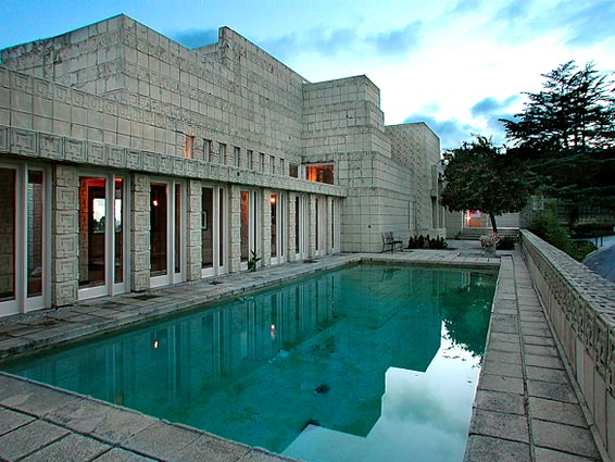 Frank Lloyd Wright House Los Angeles: Frank Lloyd Wright's Ennis House In Los Angeles