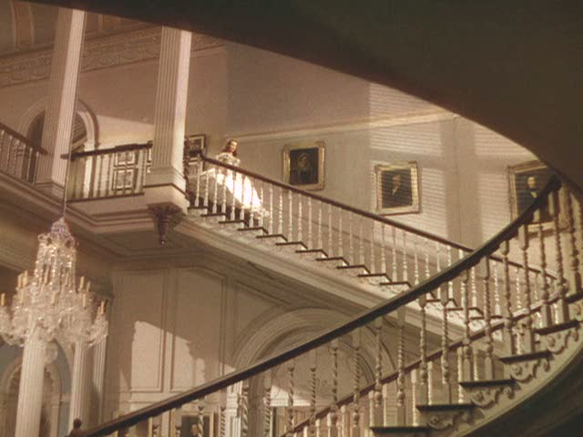 Screenshot of Twelve Oaks staircase in Gone with the Wind