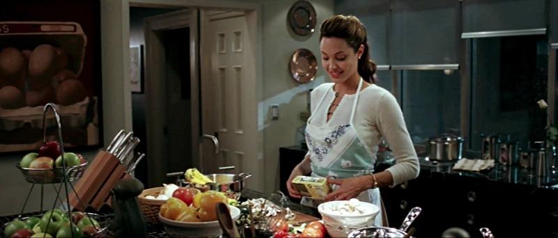 Angelina Jolie Mr & Mrs Smith house kitchen
