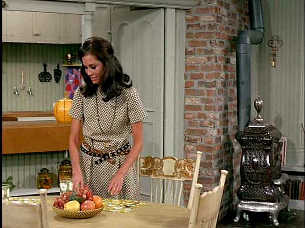 Mary Richards dining area MTM Show