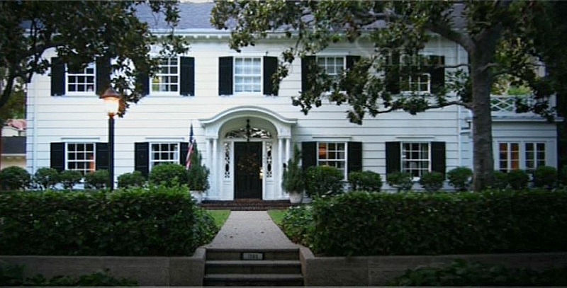 Mr. and Mrs. Smith House 1565 San Pasqual St Pasadena CA