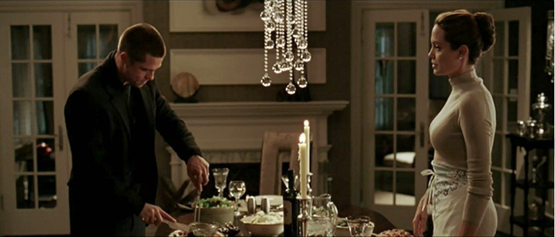 dining room in Mr and Mrs Smith movie