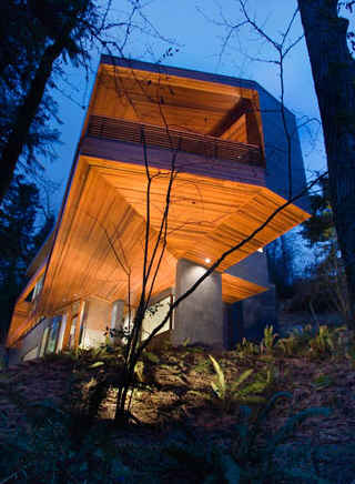 """Cullen House In Twilight twilight:"""" the cullen family's contemporary house - hooked on houses"""