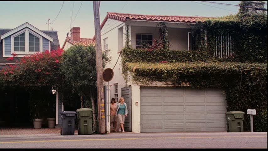 malibu-house-exterior