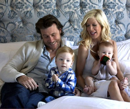 Tori Spelling & Dean McDermott's New House in Encino