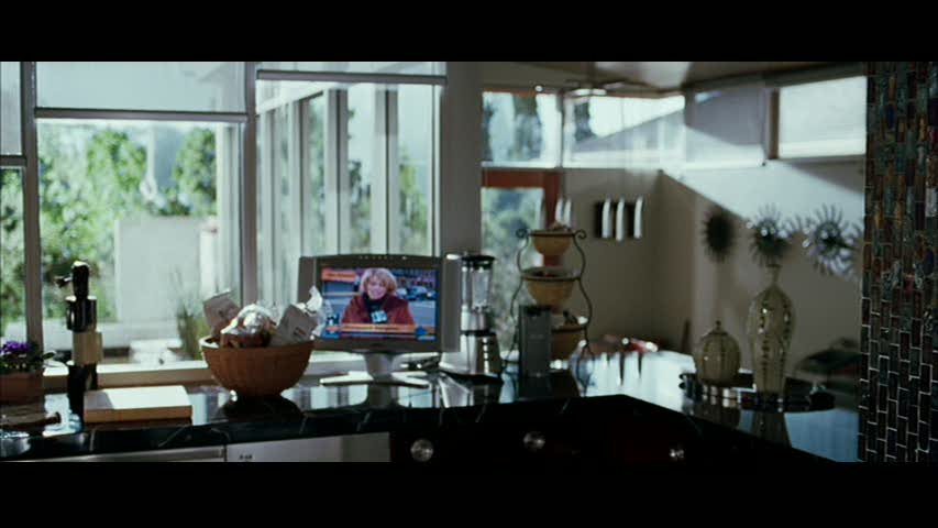 """A House to Kill For in """"Mr. & Mrs. Smith"""" 