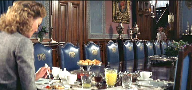 grand dining room in The Notebook