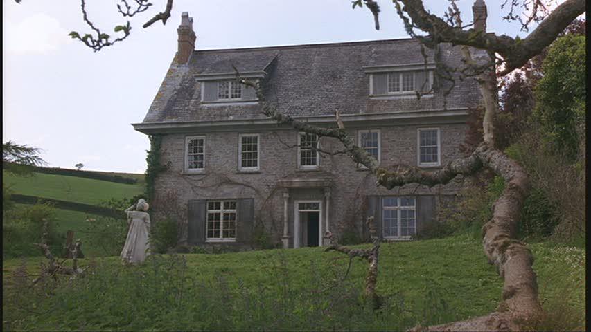 cottage-exterior-1