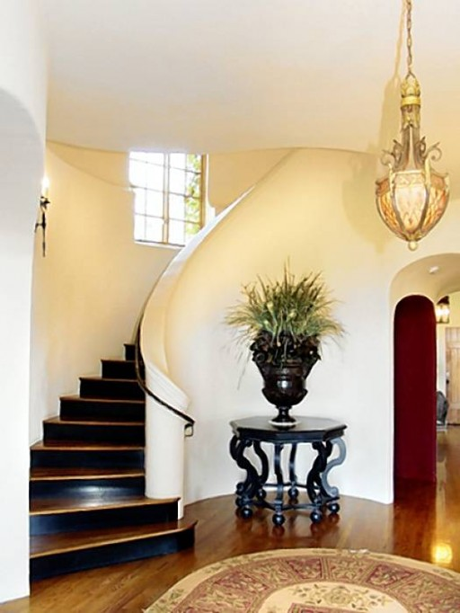 Billie Jo Armstrong house-staircase