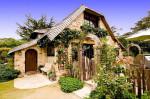 carmel-cottage-exterior