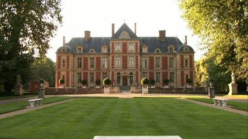 chateau de wideville front-wide