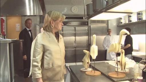 chateau kitchen-Martha Stewart