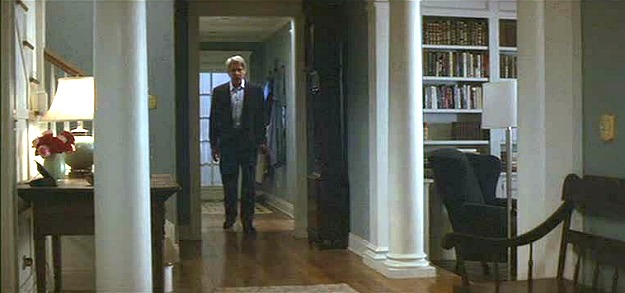 Harrison Ford-What Lies Beneath house hall