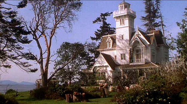 Practical Magic movie house-exterior