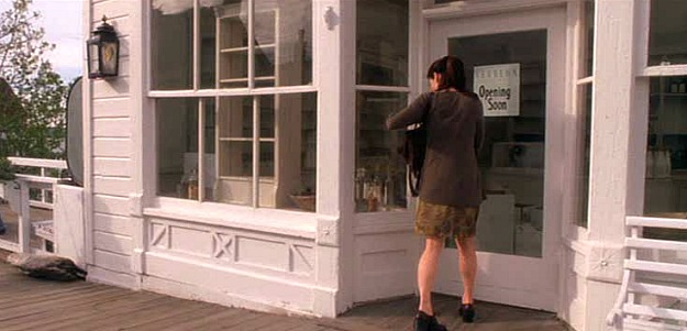 Sally's shop in Coupeville-Practical Magic