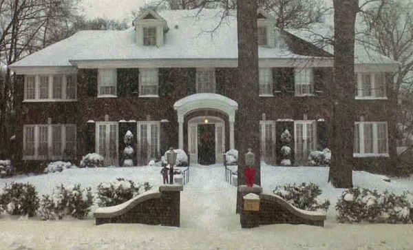 Home Alone movie house in the snow