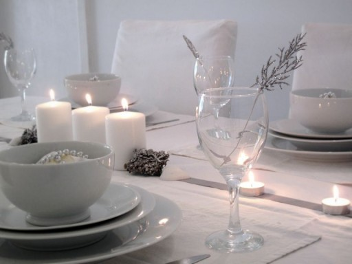 A Beach Cottage Cmas table