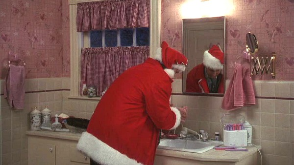Griswold house Christmas Vacation movie bathroom