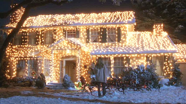 Griswold house Christmas Vacation movie in lights