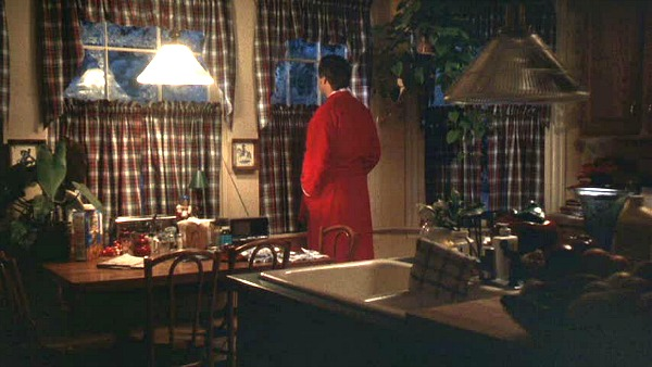 Griswold house Christmas Vacation movie kitchen 2