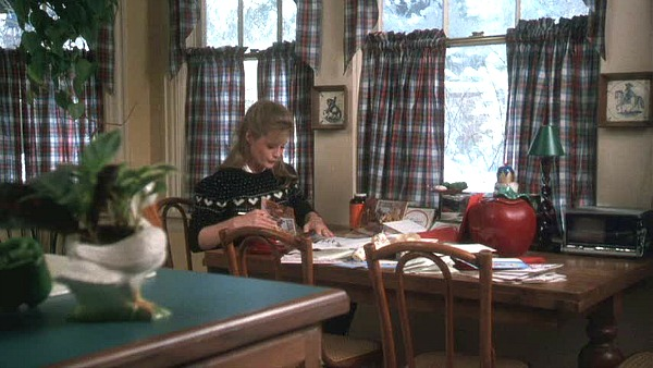 Griswold house Christmas Vacation movie kitchen