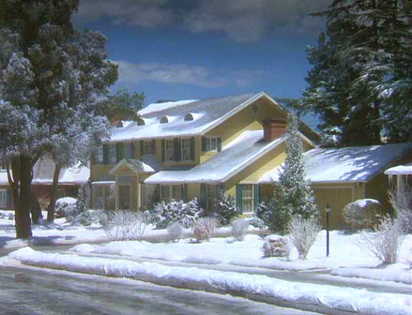 National Lampoon's Christmas Vacation house in snow