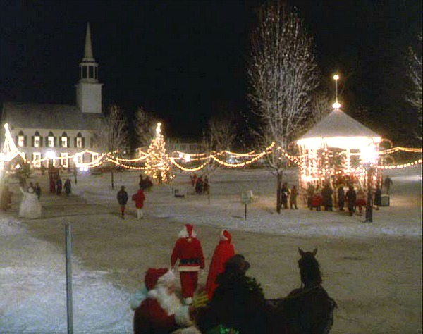 Town of Redbud decorated for Christmas Funny Farm