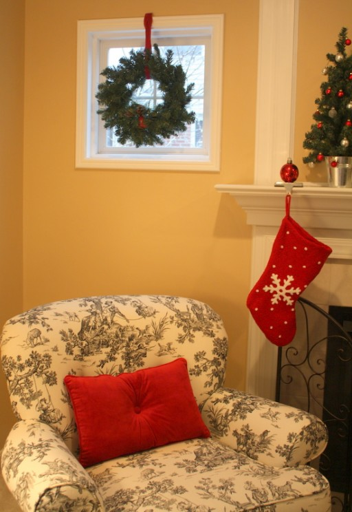 corner chair-wreath