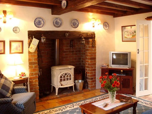 Fig Tree Cottage-fireplace